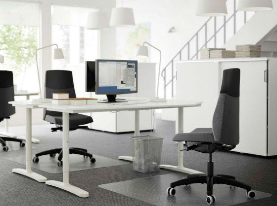 scrivania Ikea per ufficio